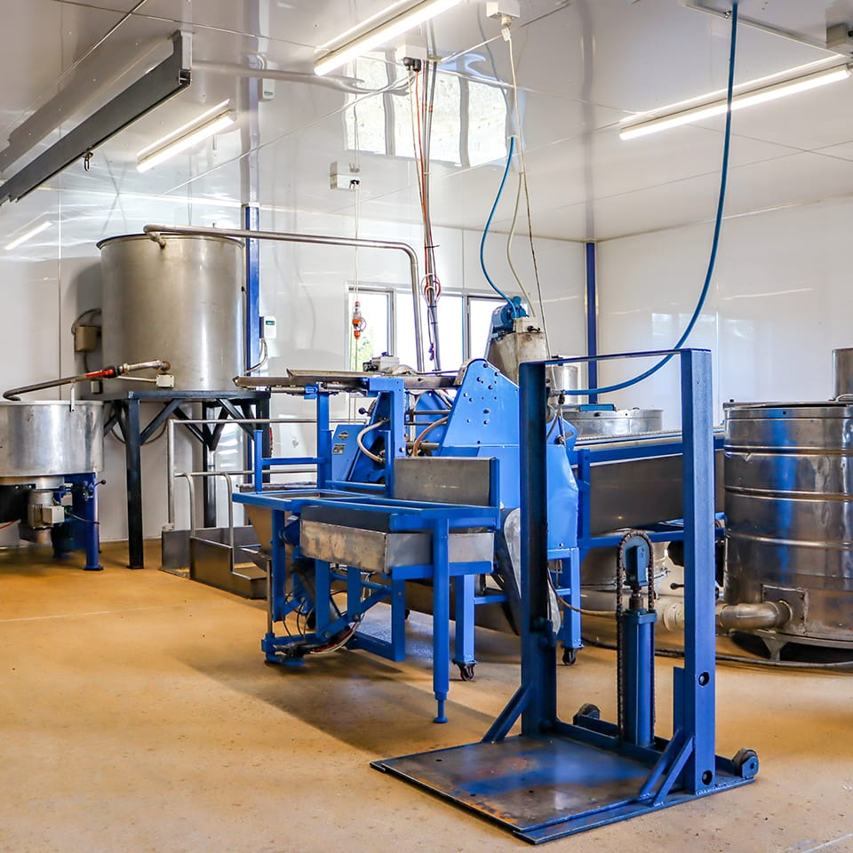 Westlands-Honey_Fairlie_Mackenize-District_South-Canterbury_New-Zealand_-Honey-Extracting-facility_Gallery