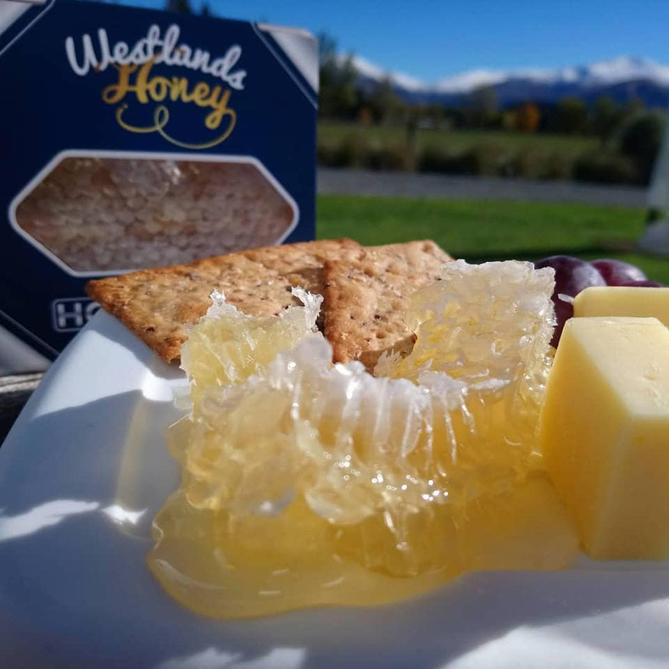 Westlands-Honey_Fairlie_Mackenize-District_South-Canterbury_New-Zealand_-honey-cheese-platter_Gallery